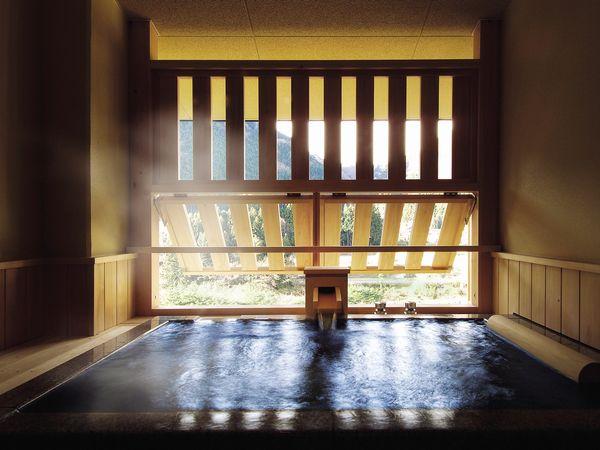 客室半露天風呂(一例)