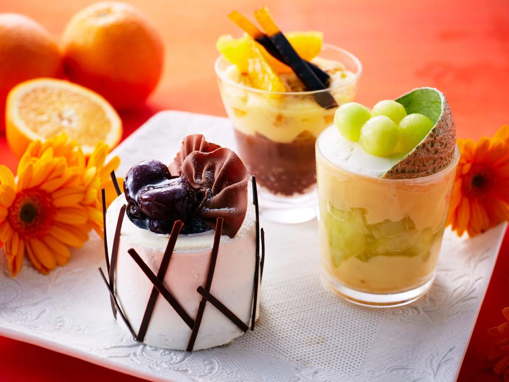 ケーキ3種の中から、お好きなものをおひとつお選びください。