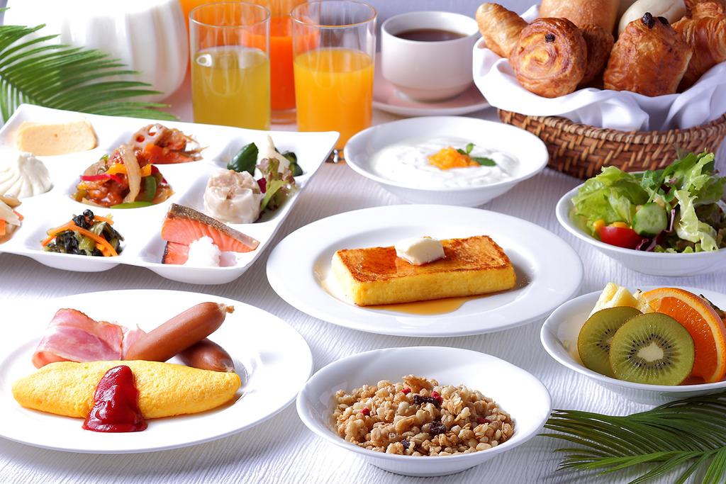 朝食バイキング サンタモニカの風