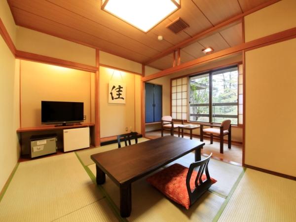 客室は全室、自然を眺望できる、館内庭園・外輪山向き