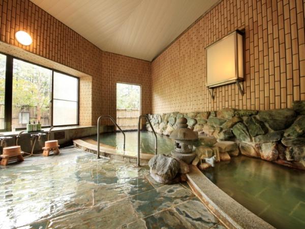 大浴場は、2種類の源泉かけ流し