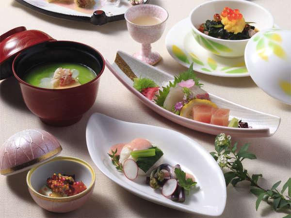 春日の会席料理(一例)