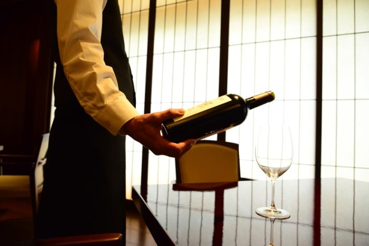 【プラン特典】【ワインハーフボトルプレゼント】