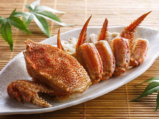 特製の土佐酢が蟹の旨味を引き立てます