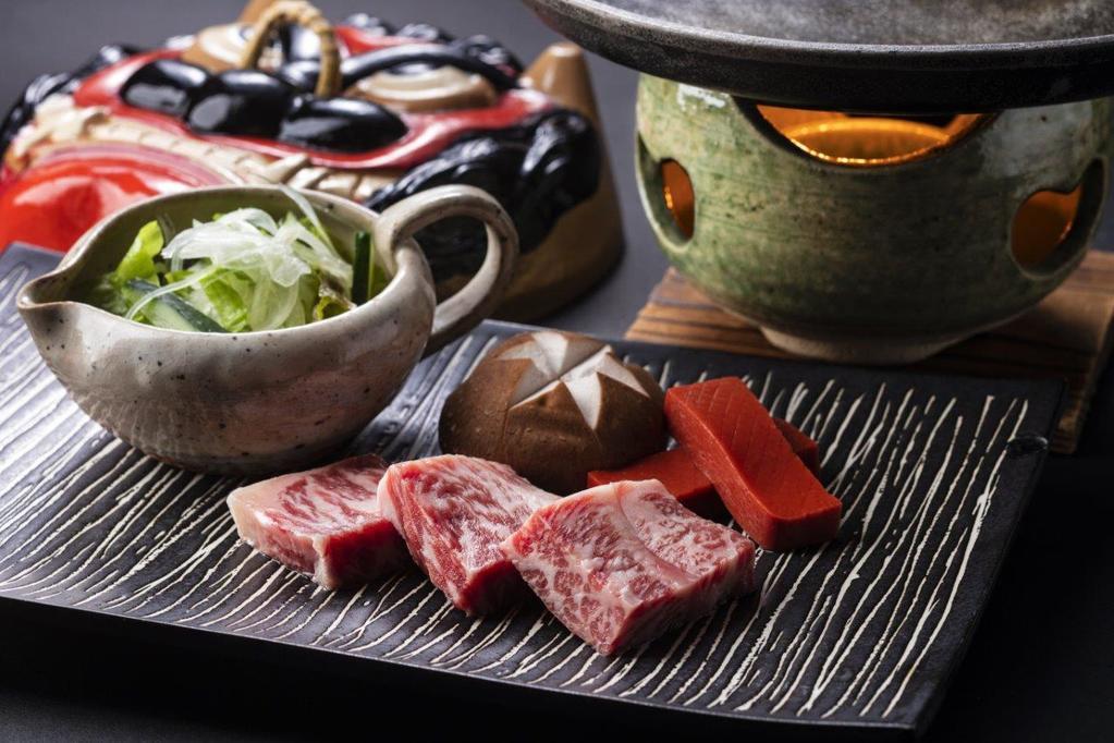 【十勝牛ステーキ】ほど良い脂のりで食べやすい一品です