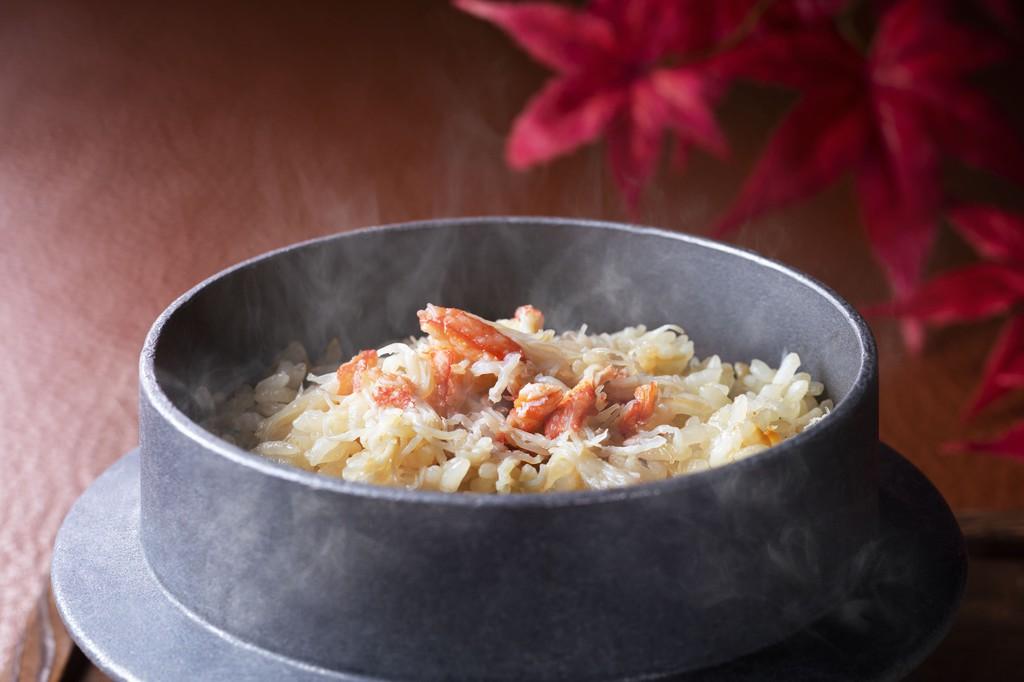 紅ずわい釜飯を始め、蟹づくしの御膳です