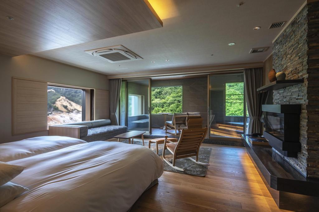 客室展望風呂から地獄谷の眺めを独り占め