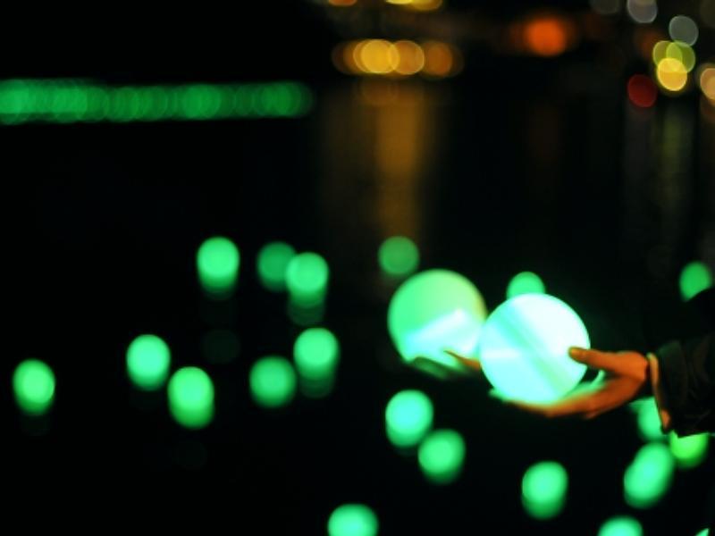 【夏希灯】幻想的な光が阿寒湖を彩ります