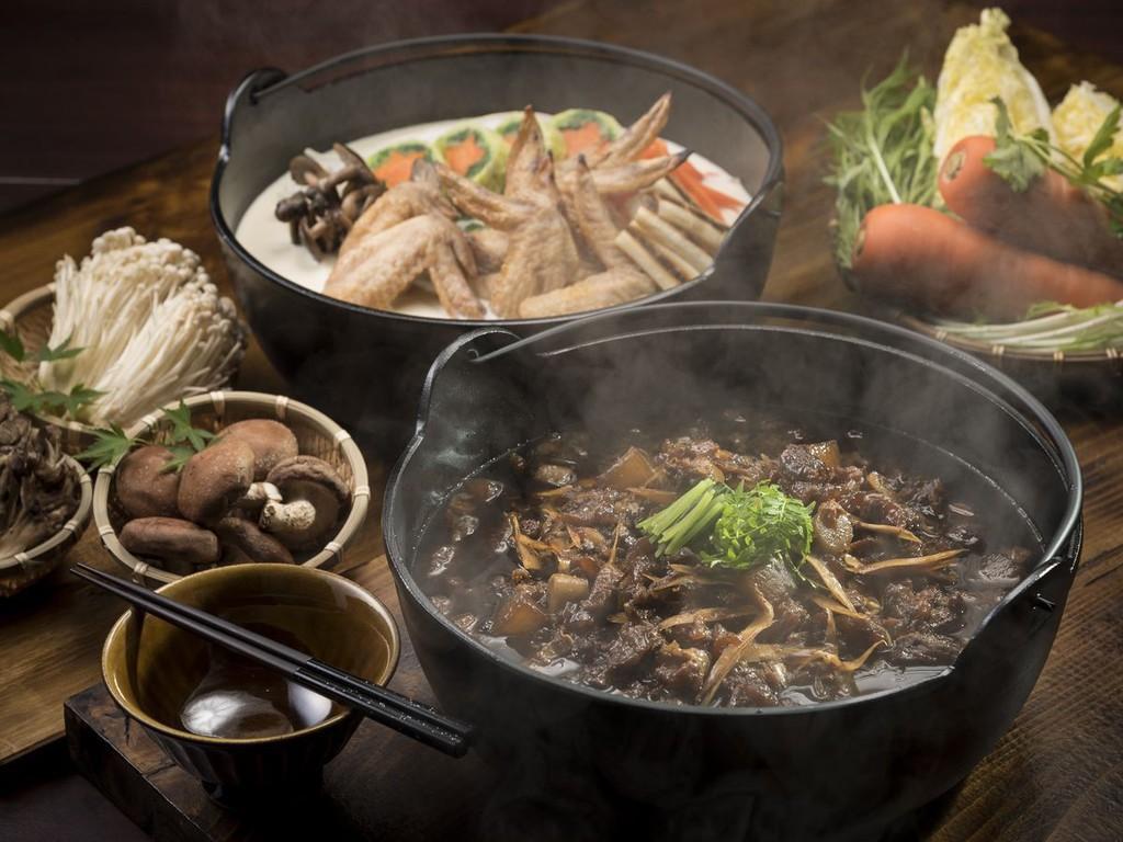 【リゾートブッフェ・冬】あったか豆乳チキン鍋と牛スジ煮込み鍋
