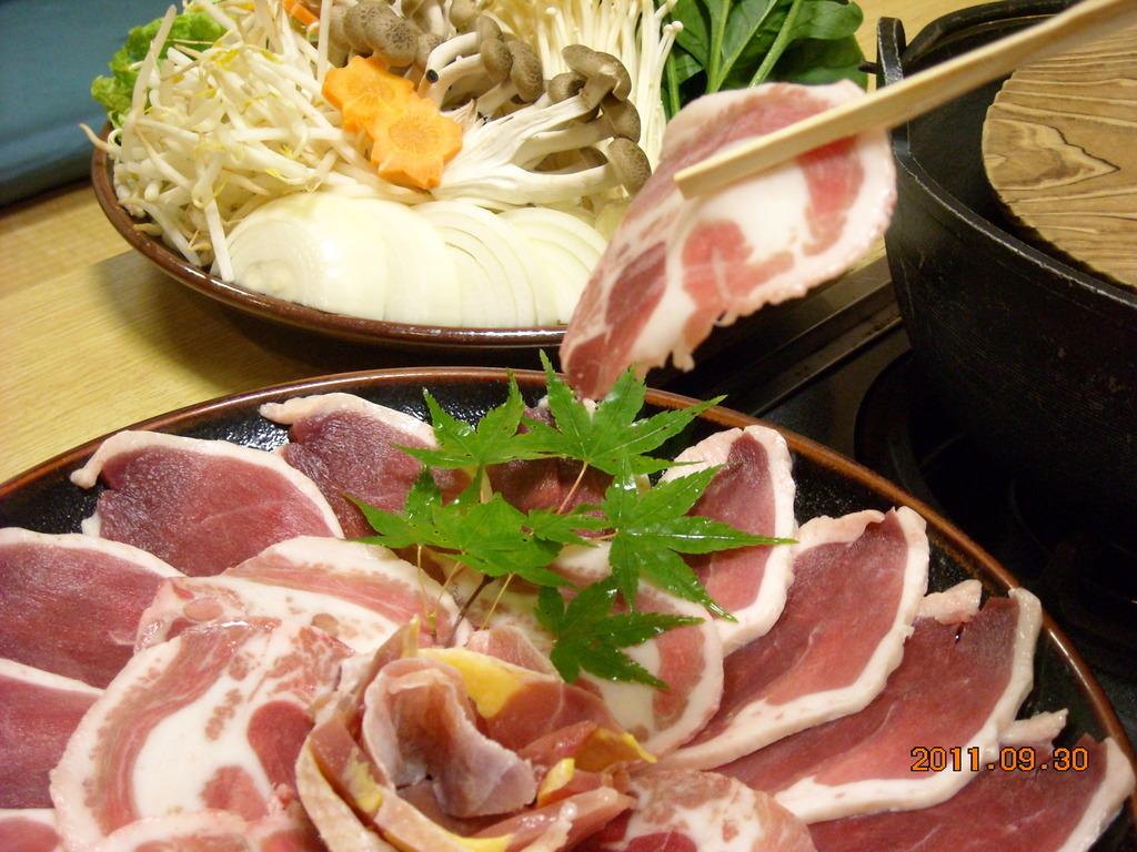 【夕食】鴨猪雉(かしき)鍋