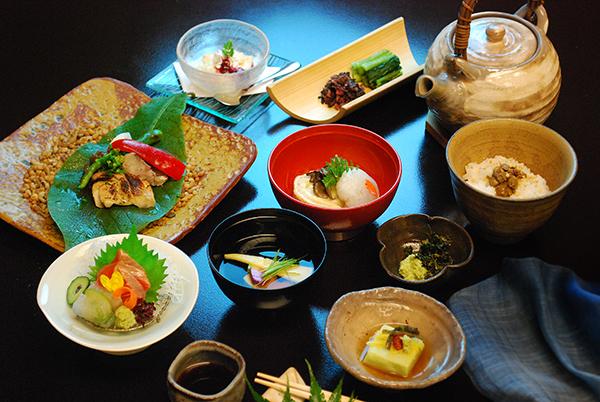 昼懐石:信州福美鶏のコース(3,900円)