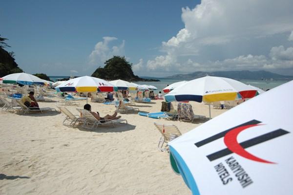 かりゆしビーチでは豊富なマリンメニューをご用意し、マリンスタッフがお待ちしております!