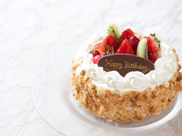 ホテルメイドのケーキをお手配いたします。