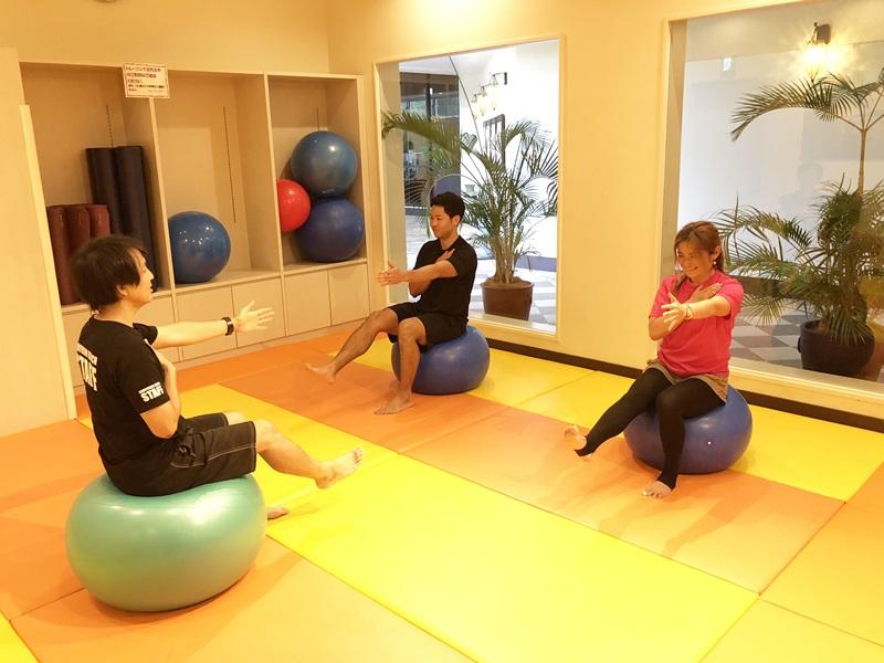 全身の筋肉のバランス強化とそれぞれの筋肉の協調性に優れています。自重での運動のため低負荷の運動にも対応できます。
