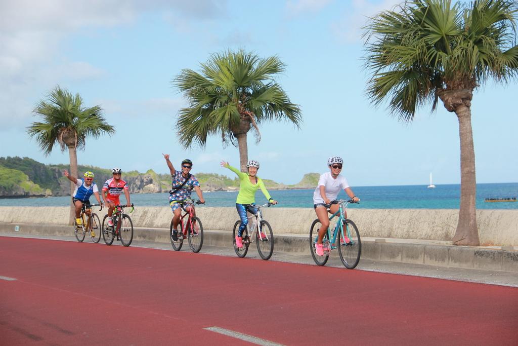 那覇から宜野座(ぎのざ)村まで自転車で縦断するサイクリングツアー