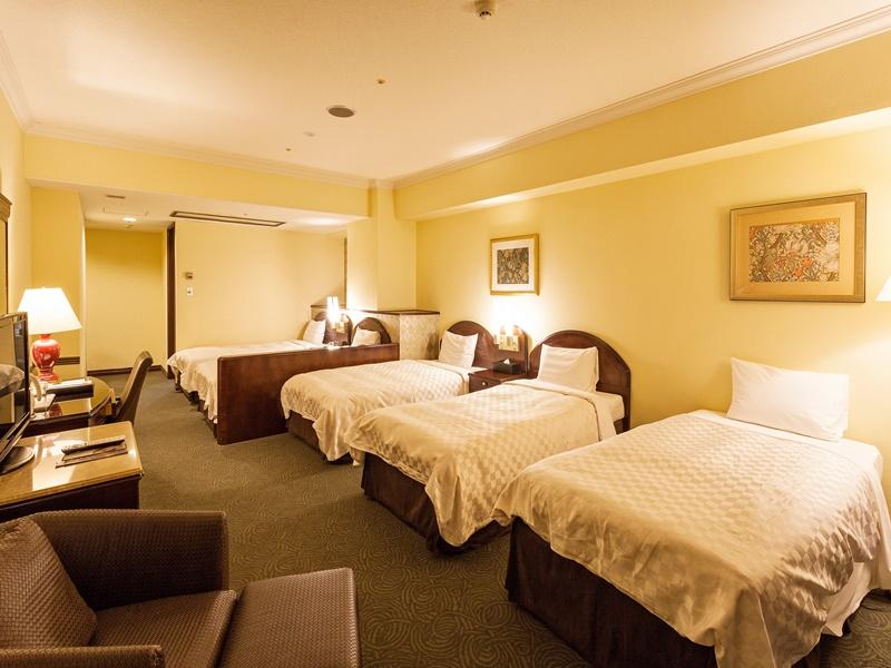 正ベッド5台。三世代旅行にもオススメです!