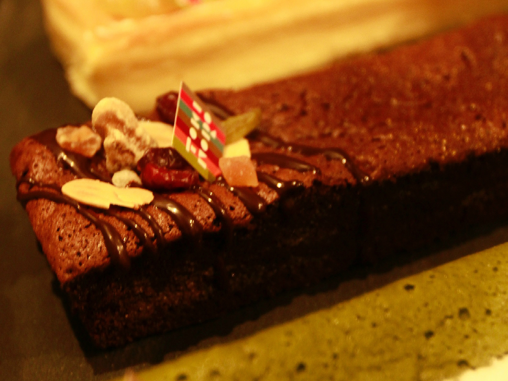 由布院ときの色のガドーショコラをプレゼント