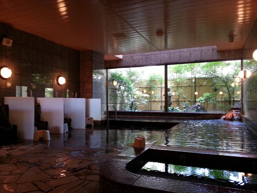 ☆自家源泉の温泉大浴場完備☆