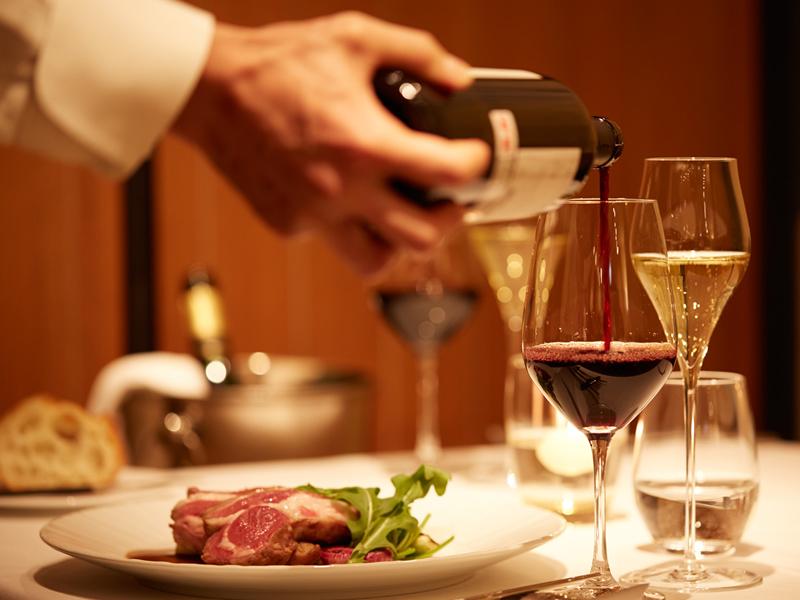 お料理とワインのマリアージュをお楽しみください