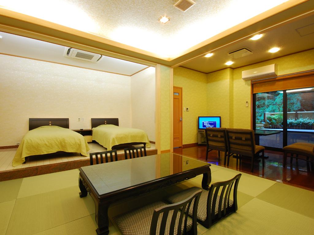 和モダンの客室です。