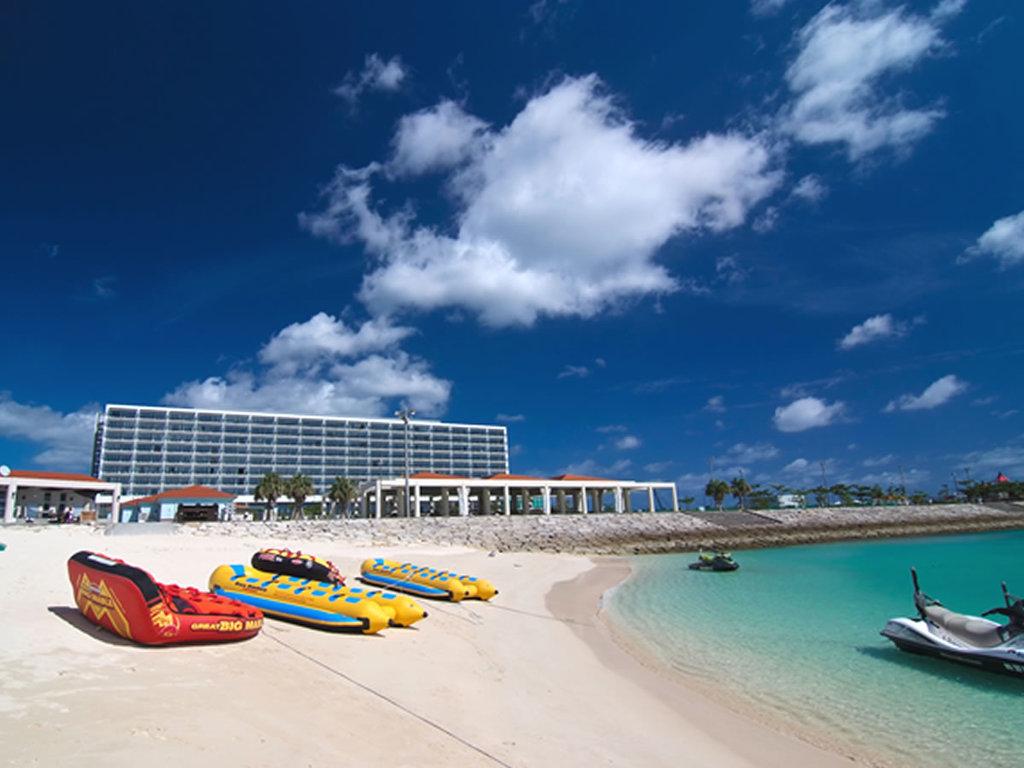 ビーチからのホテル