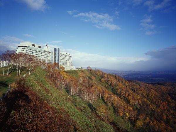 秋のザ・ウィンザーホテル洞爺