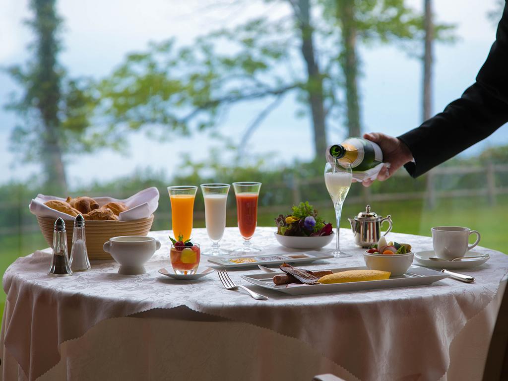 Sparkling Wine Breakfast (Gilligan's Island)