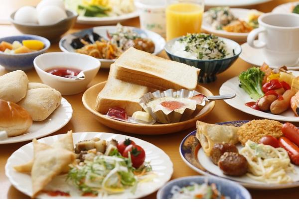 朝食無料!!和食中心のバイキング☆