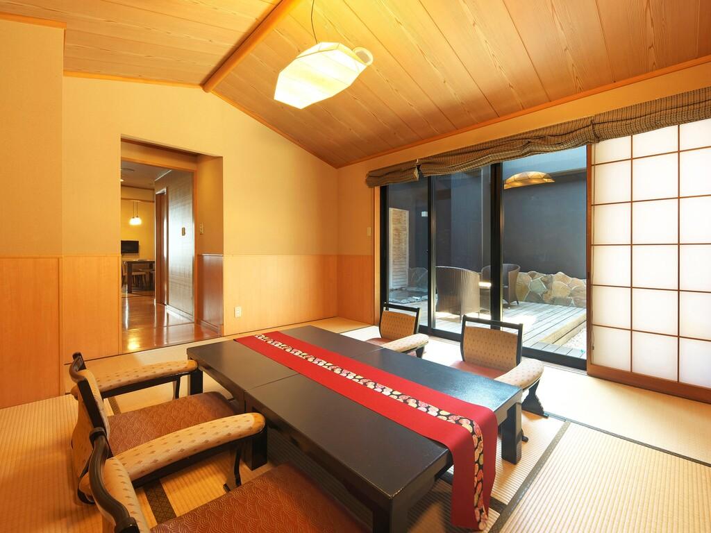 露天風呂付き和洋室「橘」の和室部分