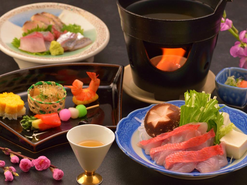 ご夕食イメージ(前菜盛合せ、地魚お造り盛合せ、金目鯛しゃぶしゃぶ)