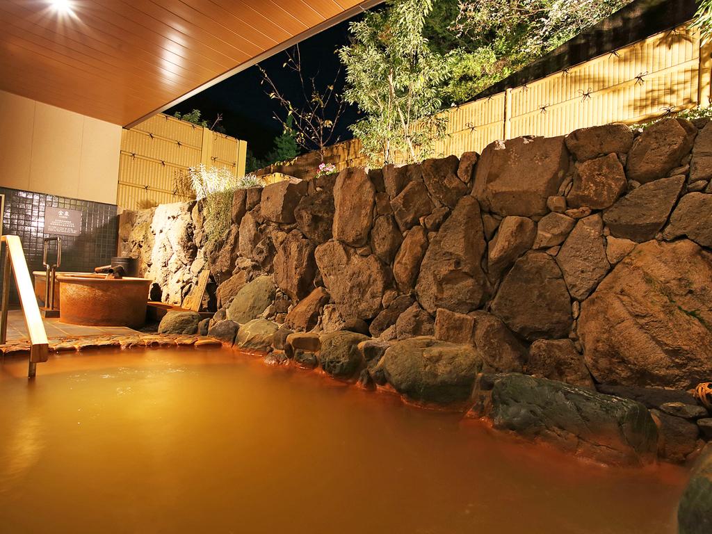 大浴場:金泉露天風呂