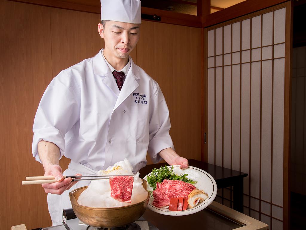 当館名物:雲海鍋 客前料理にてご提供