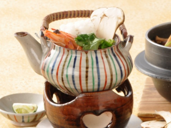 松茸の土瓶蒸し(イメージ)