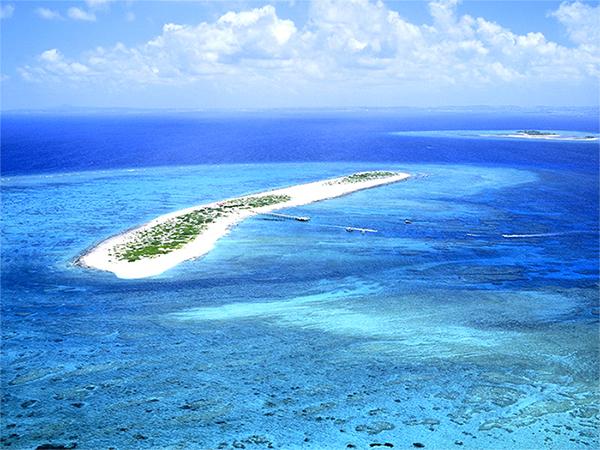 【ナガンヌ島】那覇から西に15キロ、国立公園に制定された慶良間諸島に属する、ナガンヌ島!!
