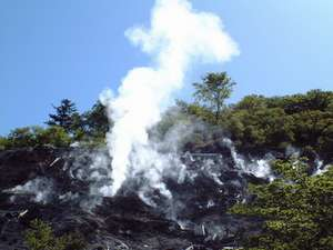 奥塩原新湯 硫黄噴火口