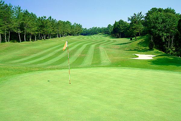 塩原カントリークラブでゴルフをお楽しみください!