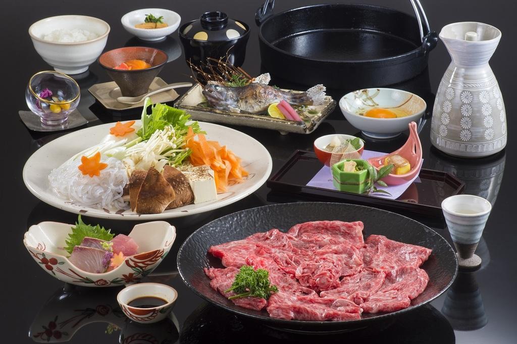 「松阪牛」のすき焼きを是非ご賞味ください