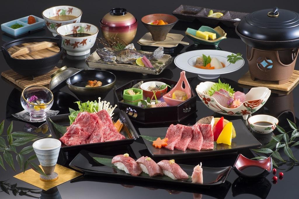 松阪牛を味わい尽くす『松阪牛食べくらべ懐石』