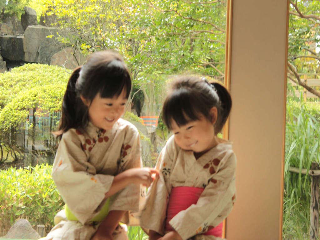 お子様用のかわいい浴衣と帯