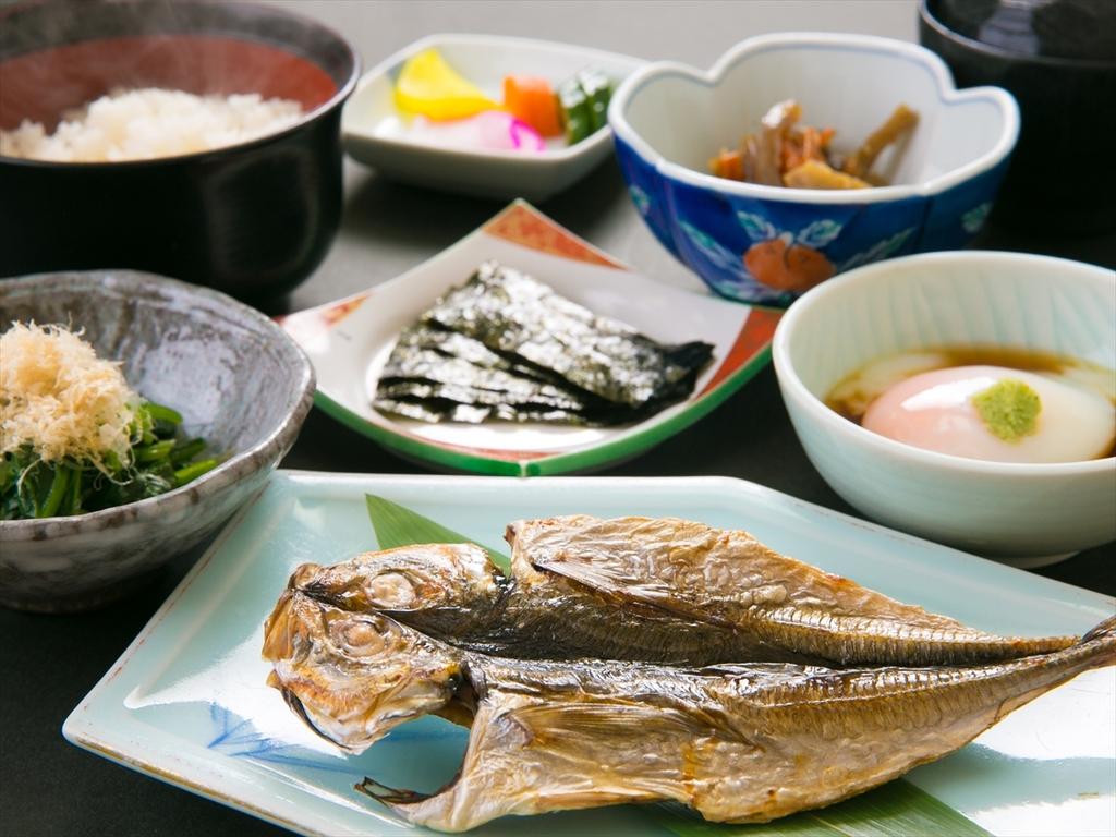 【出来たてを楽しむ和朝食】健康に良いバランスのとれたご朝食をご用意致します