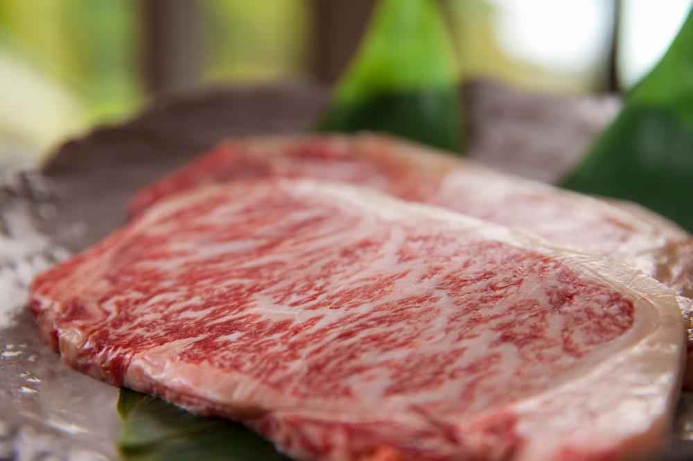 人気の特選和牛ステーキ