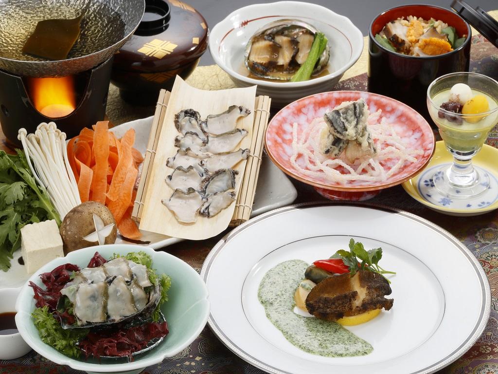2017年11月6日〜12月28日期間限定「鮑会席膳」(一例)