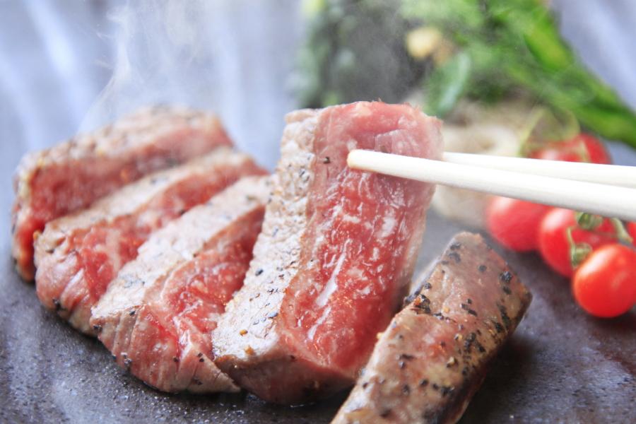 【基本会席★月の雫】お好みの焼き加減に仕上げる国産牛サーロインステーキ ※一例