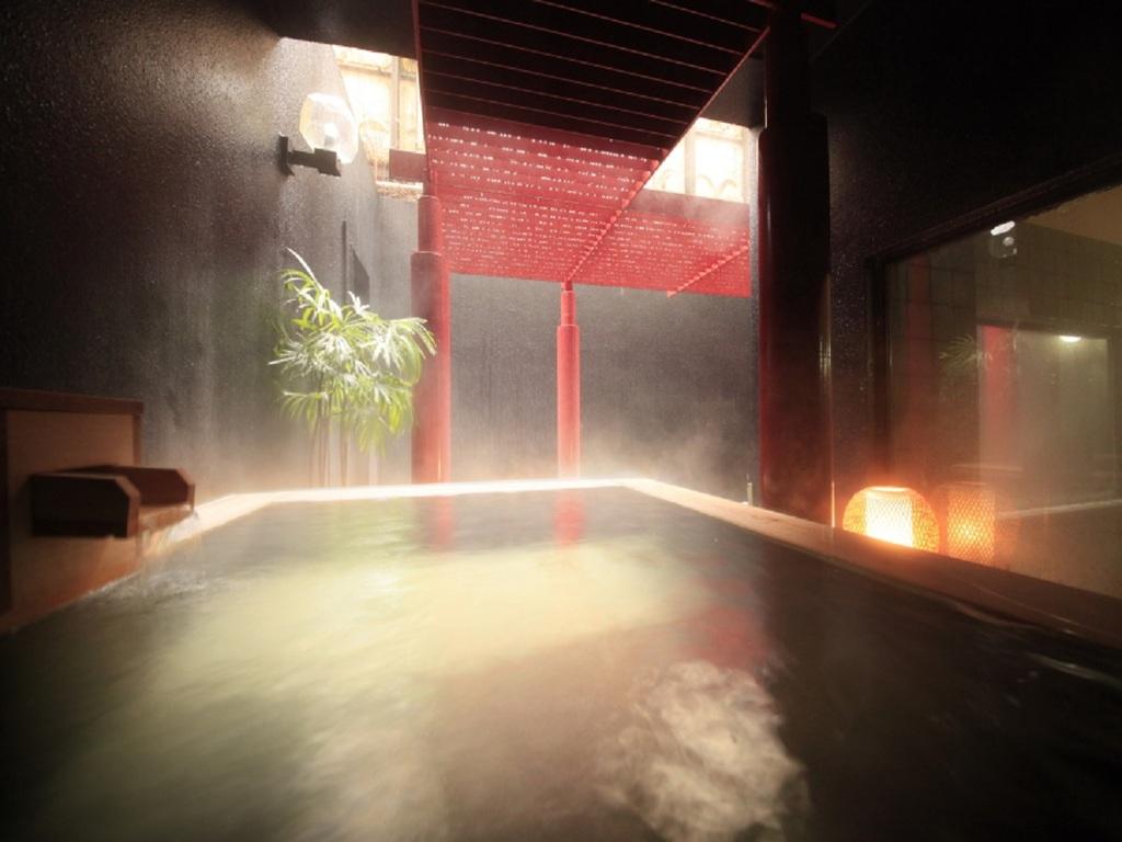 【露天風呂】風が心地よい露天風呂