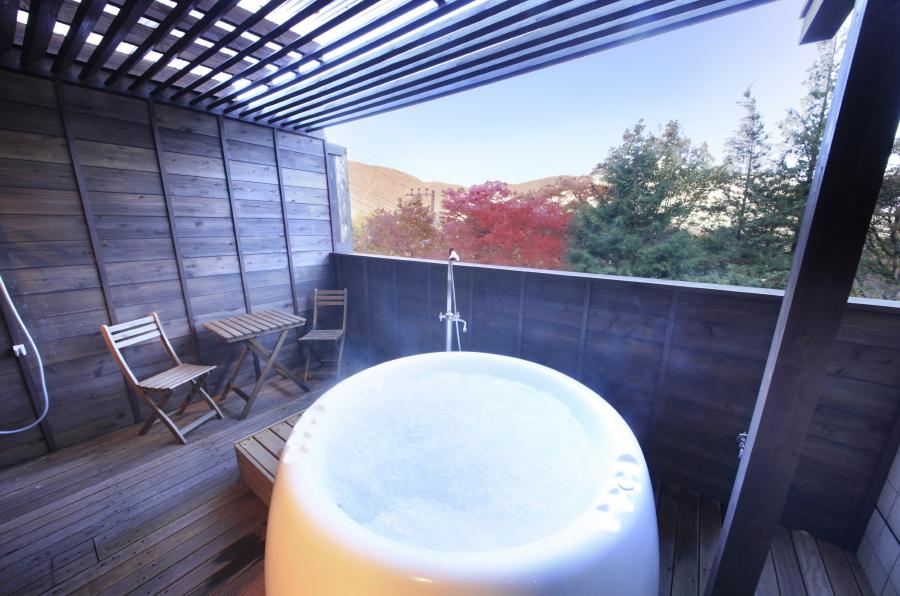 【特典】貸切露天ジャグジーor貸切岩盤浴が1回無料でご利用いただけます。(写真は貸切露天ジャグジー)