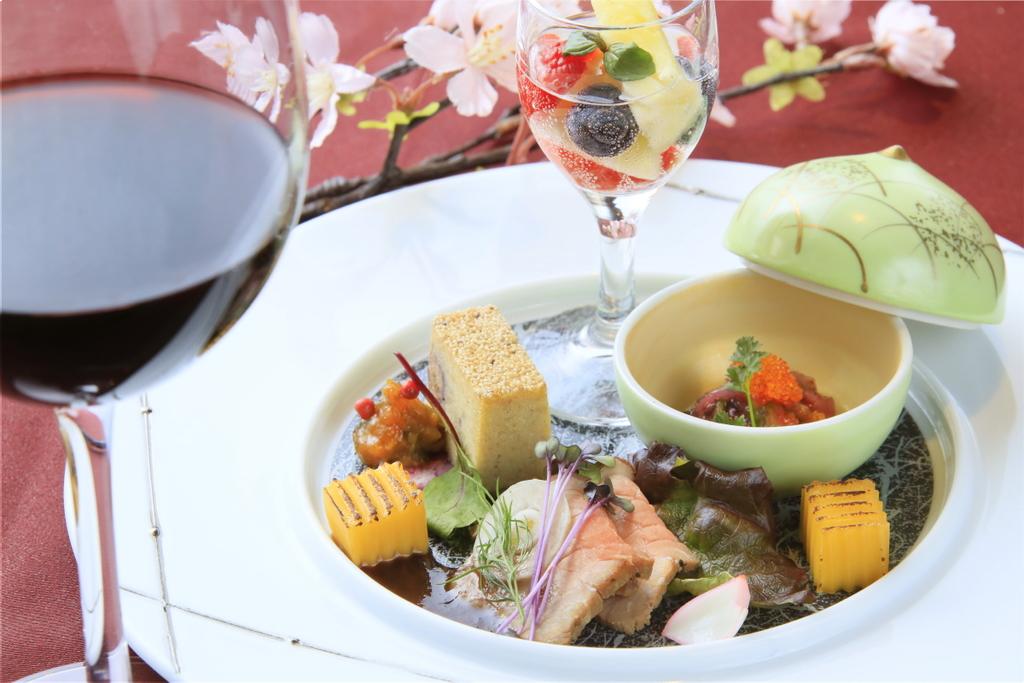 【ご夕食】お酒とお食事を一緒にたのしみたい方におすすめ ※ワインは別注