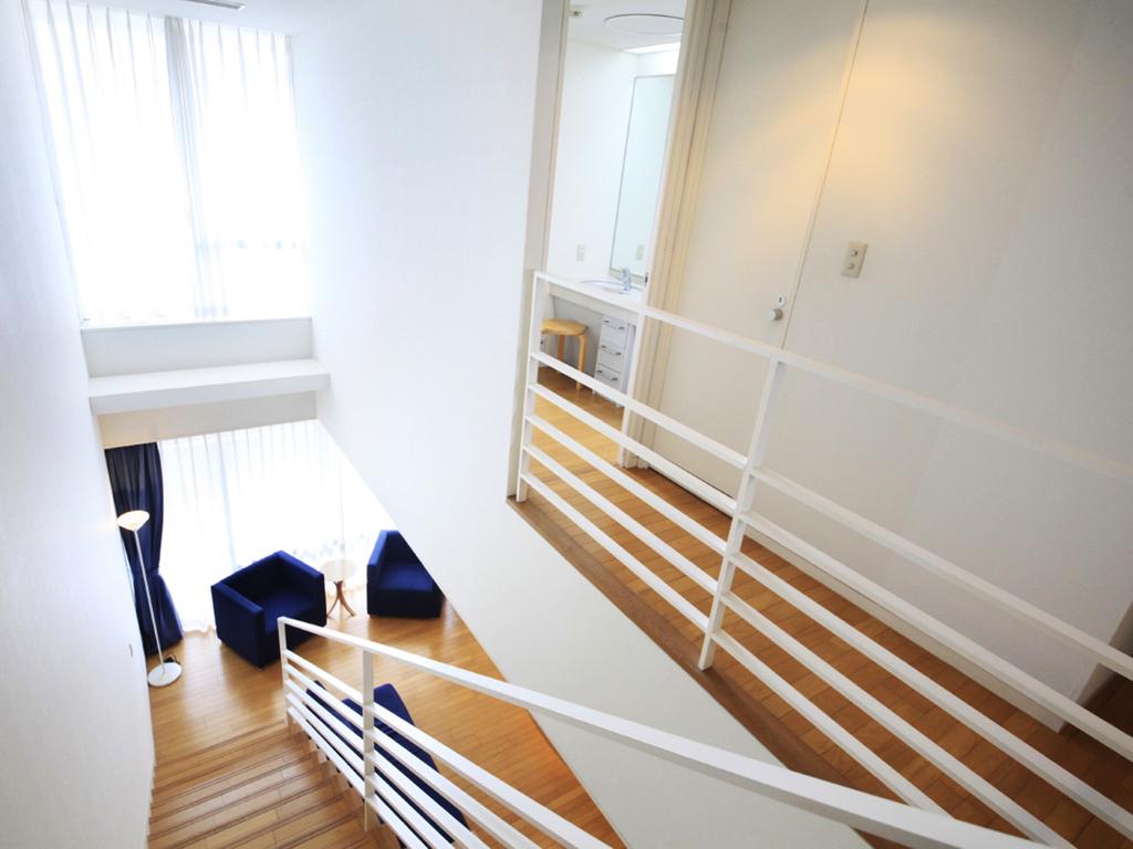 人気のメゾネットタイプのお部屋は広々快適です!