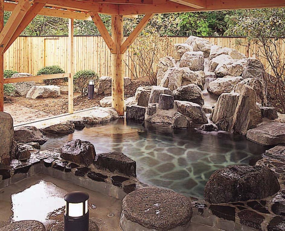 露天風呂:さくらの湯(岩)