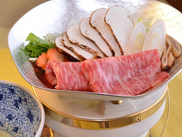 秋の三大味覚【松茸と前沢牛のすきやき】