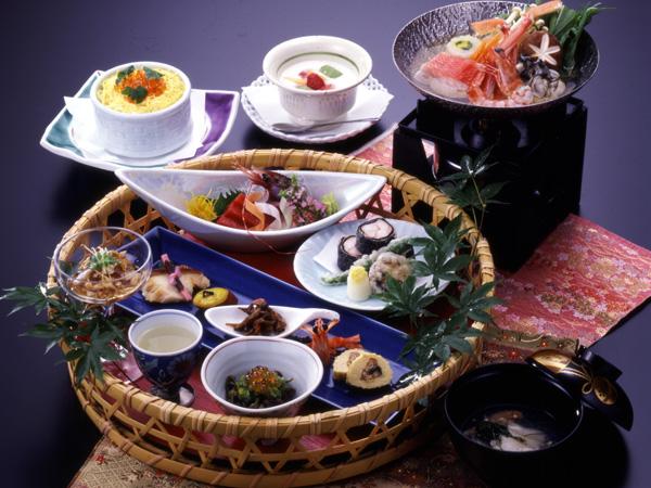 地元食材を使った懐石料理